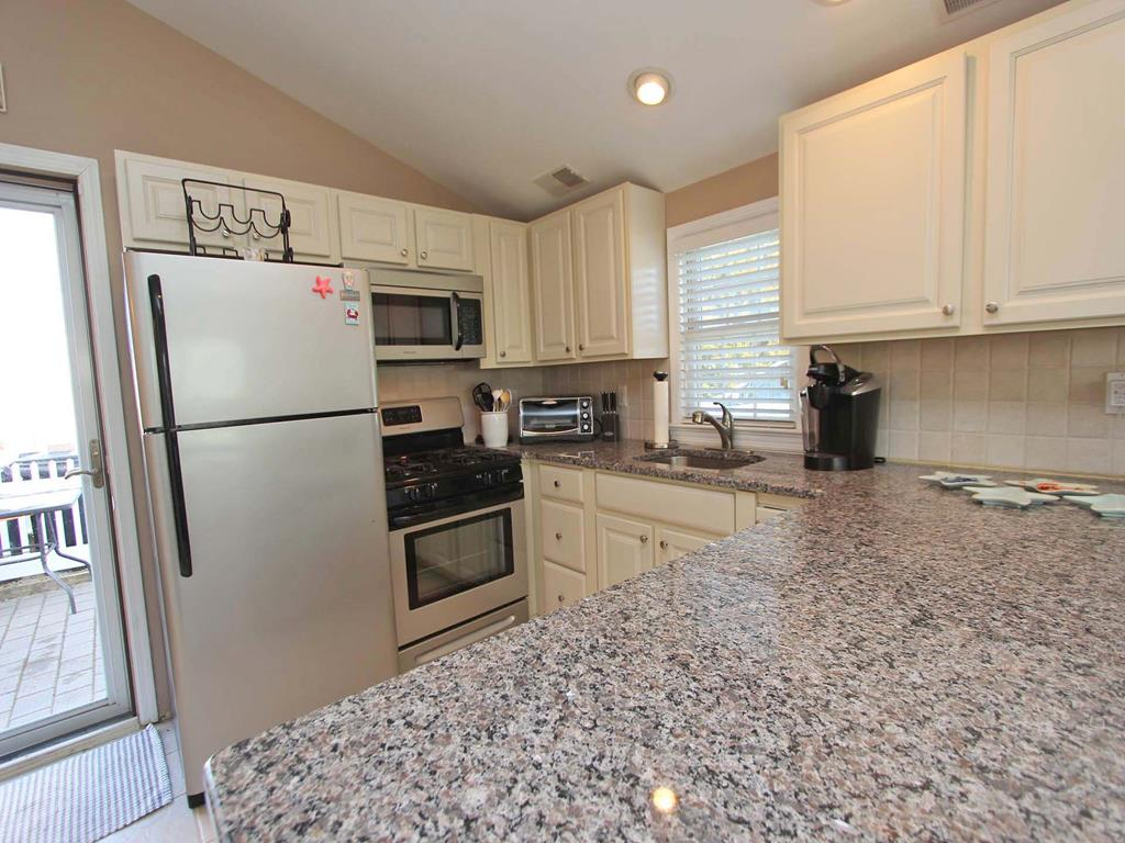 ocean-beach-nj-oceanside-vacation-rental-143137-2150399093-15