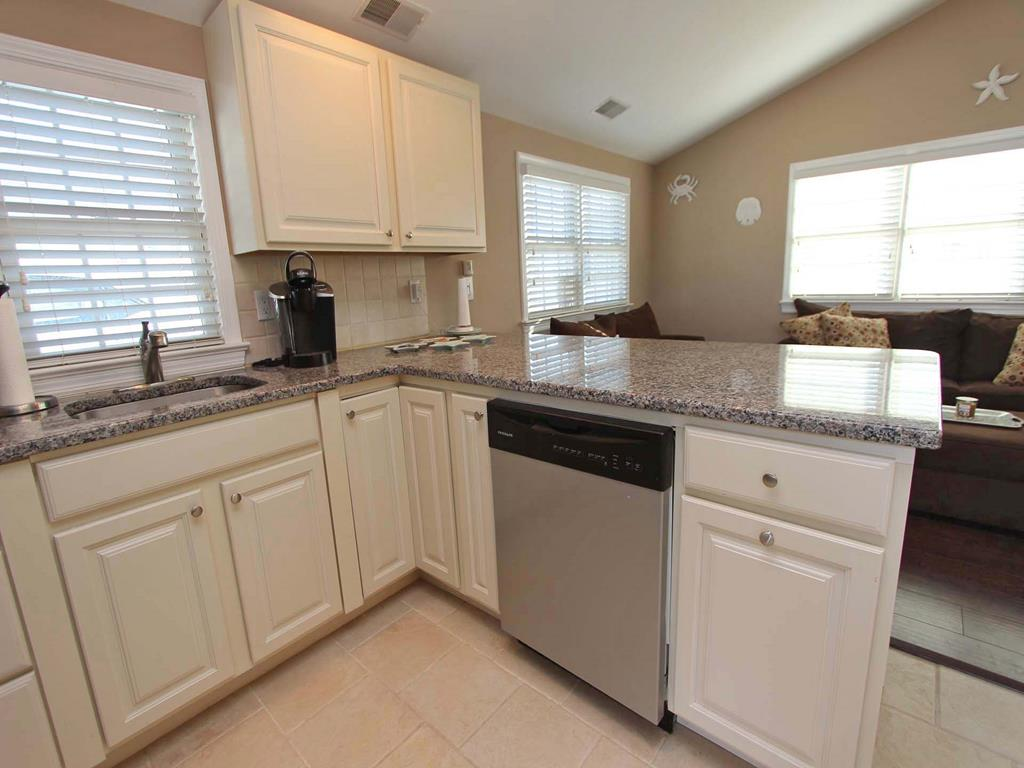 ocean-beach-nj-oceanside-vacation-rental-143137-2150399093-16