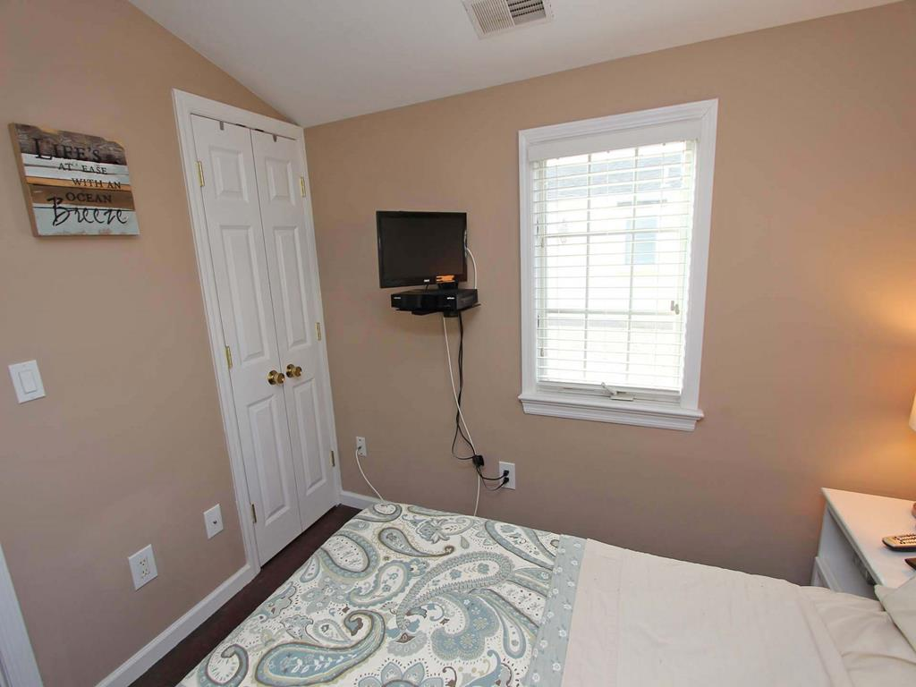 ocean-beach-nj-oceanside-vacation-rental-143137-2150399093-23